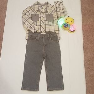 Bundle Two Piece Buttom Down and Jeans